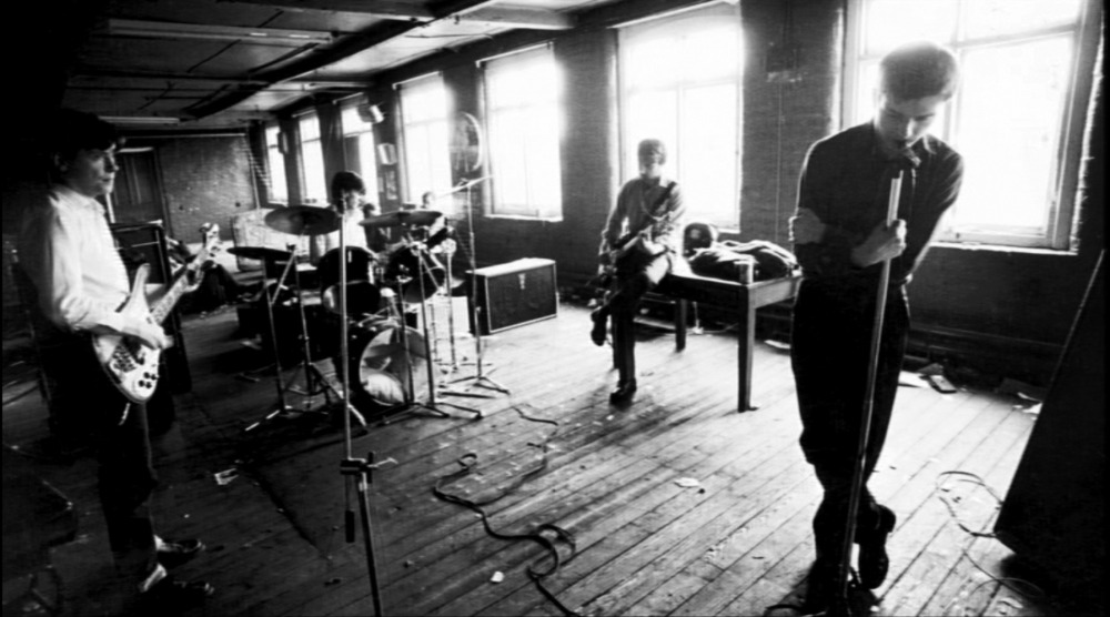 joy_division_love_will_tear_us_apart